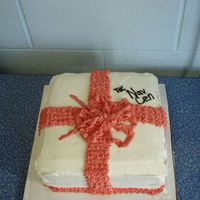Christmas Present I made this cake for my husband's office Christmas party in 2006.