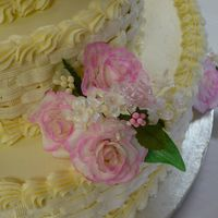 Ladies_Banquet_Cake_And_Flower.jpg