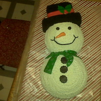 Snowman Cake   Just a winter/Christmas themed snowman cake.