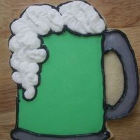 Green Beer Mug I didn't have a mug cookie cutter, so these cookies were cut freehand. NFSC with Antonia's RI