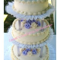 Wedding Cake In August I made this wedding cake for this past week-end. It was really HOT and I was working with warm buttercream....talk about a challenge! I...