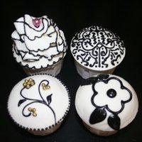 Black And White Themed Cupcakes