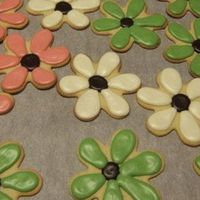 Flowers sugar cookies with Alices icing.