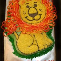 Friendly Lion Cake Wilton 2008 Yearbook I really wanted to make this cake from the yearbook since I bought it a year ago. I finally had someone who let me pick a cake to do so I...