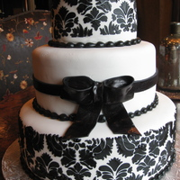 Black And White Wedding Cake Fondant with royal icing damask pattern.