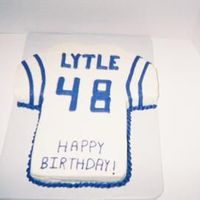 K-State Jersey I made this for a lady who is a huge K-State fan. Chocolate cake with vanillabuttercream.