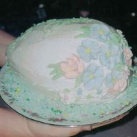 Easter Egg Cake flowers are RI made for an XIL I should of dropped it before I gave it to them :)