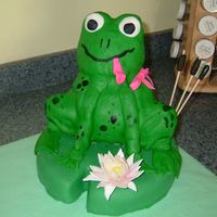 Better Picture Of Frog Cake   Here is a better picture of the frog cake that the person who purchased it took.