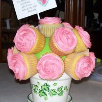 Cupcake Bouquet This is a cupcake bouquet I made my mom for her birthday.