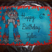 Transformers Optimus Prime Transformer FBCT, cake is covered in BC.