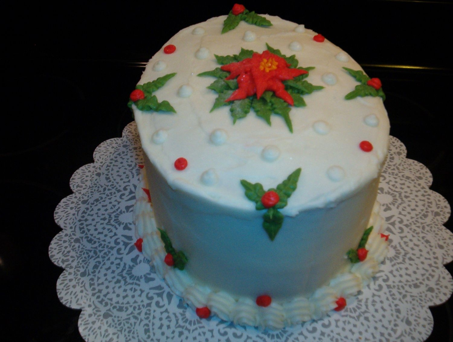 Christmas Birthday Oval spice cake with apple filling and bc. A personal triumph for me in so many ways. TFL.