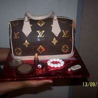 My First Lv (Purse/bag) For my aunt's b-day. She's a fashion diva so i though this was fitting ;o)