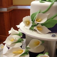 Calla's Again... Vanilla Cupcakes, fondant calla's. Wasn't a huge fan of the purple but ...