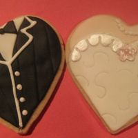 Bride & Groom Hearts Yes, these type of cookies have been done to death, but here's my version anyway! Satin Ice fondant with Antonia74's RI trim.