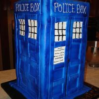 Dr. Who's Tardis   Groom's cake done for a Dr. Who fan. Fondant decor. tfl.