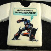 Transformer Edible Image  My only cake for 2007, for my grandson's 11th birthday in July. Chocolate, as usual with BCI, certainly nothing fancy but he liked it...