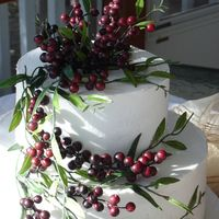 Wild Berries   Another dummy for a bridal show. While I prefer fresh or gumpaste, working with silks is so nice sometimes!