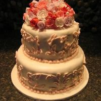Small Wedding Cake This is a little cake I made for my girlfriend's second wedding. It is only sized to serve 45 people.