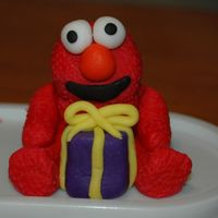 Elmo A fondant figure for my daughters 2nd bday cake! Had a lot of troubles with this little guy and have leanred (after not wanting to fix it a...