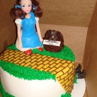 Wizard Of Oz Made this for a little' girl's 4th birthday. Yellow brick road and Dorothy's dress are fondant - Dorothy's base and...