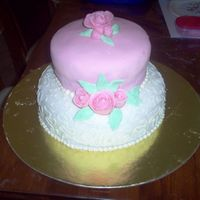 Simple Roses i wanted a cake that i could try out fondant roses and simple piping techniques. i saw this in a magazine, although mine is a lot smaller...