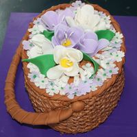 Nantucket Basket Buttercream icing ,fondant flowers