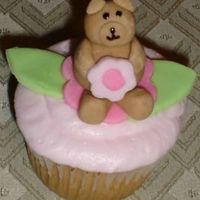 Bear And Flower Smash Cake this is a cupcake made to make a larger cake for a little girls 1st birthday party.