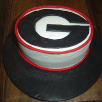 Uga Cake buttercream with G in fondant