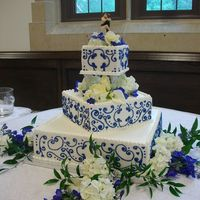 Wedding Cake I didnt what to make this cake at 1st cuz i thought it would be so ugly but actually i really liked it after it was done but i would liked...