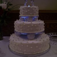 "Champagne Bubble Wedding Cake This is my first wedding cake for my sisters wedding. Similar to the cake in the ""Wilton Tierd Cake"" book. It is a yellow and..."