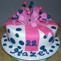 Bow Gift Cake all fondant