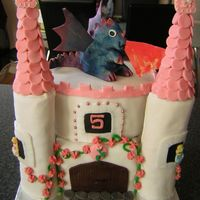 Castle Cake With Dragon Not that happy with this one, but the little girl loved it!