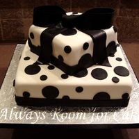 Black And White Black fondant polka dots, ribbon, and bow. Thanks for looking!