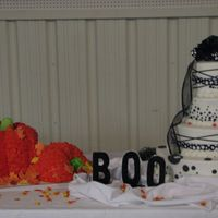 Halloween Wedding After almost 20 years I finially got to do a halloween wedding with a pumkin grooms cake. The hall was decorated really nice and it made...
