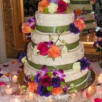 Pict0004.jpg This was bc with ribbon... I didn't do the flowers, but don't they look great!!! Thanks for looking!