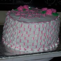 Moms Bday all buttercream.. for a friends mom. tfl...first time with more than 1 color on the basket weave...