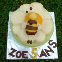 Bee   Bee on the flower. The chocolate cake and martzipan decoration.