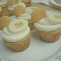 Banana Pudding Cupcakes Yellow cake with banana pudding in the mix, filled with banana mousse filling and topped with cream cheese buttercrean, a nilla wafer, and...