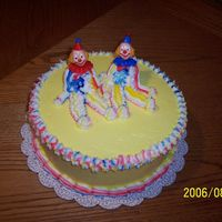 "My ""it"" Cake Learned that you really have to pay attention to the colors. The arm on the right clown really stick out with the red."