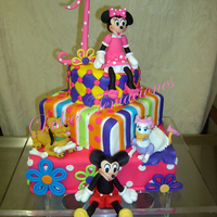 Minnie And Friends   All Edibble and c hand craft