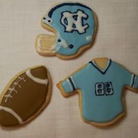 Tarheel Cookies NFSC with RI. Didn't have the correct size tip necessary to do the small detail work. Thanks for looking!