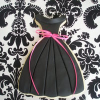 Little Black Dress  This is a practice run for the favors for my upcoming little black dress party. NFSC covered in fondant. Had problems with the fondant...
