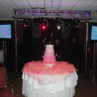 Nancy's Sweet 16 This is the Sweet 16 cake that I a couple of weeks ago using edible pink and clear diamonds.