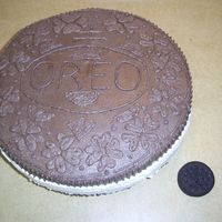 Oreo Cake Inspiration from genean's cake... Cookies n' Cream white cake with buttercream icing - who knew Oreo's had so much going on...