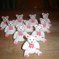 Val Teddies Made these teddies for my val cakes. All made from modelling paste.