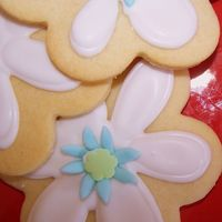 Flower Cookies My sugar cookie recipe, RI and mmf accents
