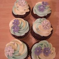 Flower Cupcake Cupcakes made to go with the belly cake. 2-tone smbc, fondant flowers