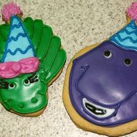 Barny And Baby Bop Wanted to make these for a friend's 1yr old Barney themed birthday party. I printed off a picture of the two characters on the...