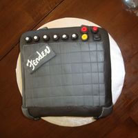 Fender Amp   Used 8 X 8 two layer cake. Covered in fondant