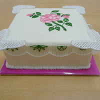 Square Cake With Rose & Filigree It was fun to make. I'm so proud of myself :)